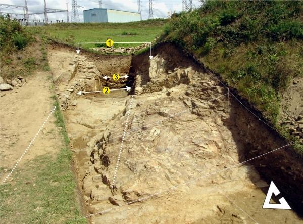 Estruturación Aceso Croa_Simetias escavadas_26_01_2016